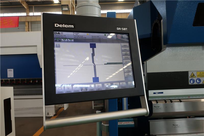 Delem DA58T 2D CNC sistema