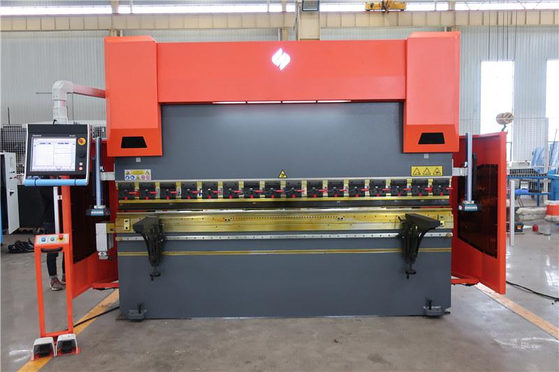 ACCURL cnc press brake DA66T 4axis 3000mm