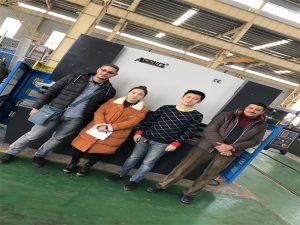 Egipto Bezeroak Erosi Prentsa Balazta Machine Accurl Enpresen bidez
